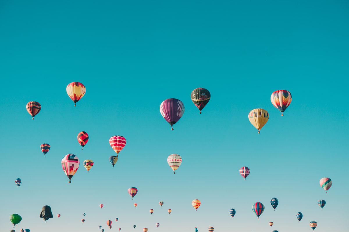 Go high high – World's first massive balloon flying held in Canada